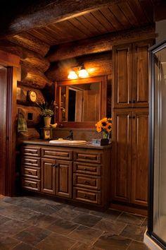 cabin bathroom....lovely!!!!