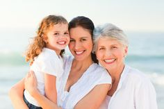 Is that your grandchild? Older parents bridge age gap with plastic surgery Implant Dentistry, Cosmetic Dentistry, Dental Health, Dental Care, Dental Facts, Best Dentist, Life Care, Perfect Smile, Sagging Skin