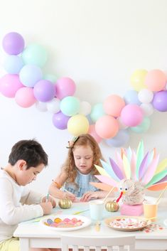 Thanksgiving Post, Thanksgiving Crafts For Kids, Diy Party, Party Ideas, Cool Writing, Kid Table, Christmas And New Year, Twinkle Twinkle, Diy Tutorial