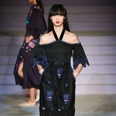 Temperley London Autumn/Winter 2017 Ready to Wear Collection | British Vogue