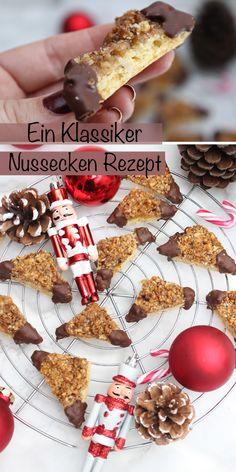 Nussecken selber machen geht ganz einfach. Es ist ein Rezept, dass jeder liebt und gerne isst. Nussecken gehörten zu den ersten Weihnachtsplätzchen, die ich jemals gemacht habe, als ich mit den Weihnachplätzchen angefangen habe. Nussecken bestehen aus einem dünnen Mürbeteig, einer Schicht Marmelade und aus gemahlenen und kleingehackten Haselnüssen. Die Ecken werden zum Schluss in Schokolade taucht. #nussecken #weihnachten #plätzchenbacken #backen #einfach #deutsch #rezepte Cupcakes, Cereal, Deserts, Desert Ideas, Breakfast, Christmas, Food, Drinks, Places