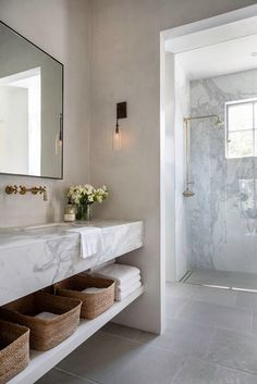 Modern Marble Bathroom Interior Design #bathroom #dreambath Timeless Bathroom, Beautiful Bathrooms, Classic Bathroom, Bad Inspiration, Bathroom Inspiration, Bathroom Ideas, Bathroom Organization, Bathroom Vanities, Bathroom Goals