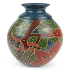8 inch Tall Vase - Red Bird - Esperanza en Accion This decorative vase from Nicaragua is 8 inches tall and 5 inches in diameter, featuring a red bird and flower design. This is low fired and not designed to hold water. Vase Centerpieces, Vases Decor, Candle Vases, Handmade Home Decor, Handmade Pottery, Tattoo Modern, Black Vase, White Vases, Wooden Vase