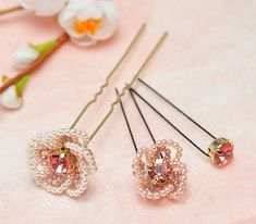 Hairpin flower bead pattern