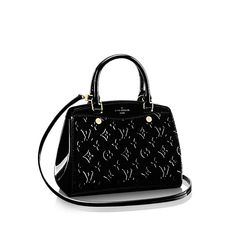9fa8faf4b904 Discover Louis Vuitton Brea PM  Feminine and playful reinterpretation of  the doctor s bag shape