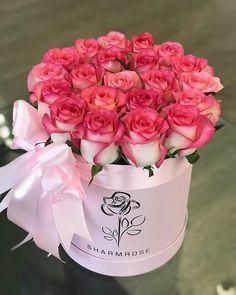 El cariño se demuestra con un detalle Flower Box Gift, Flower Frame, Flower Boxes, Amazing Flowers, Beautiful Roses, Beautiful Flowers, Bouquet Box, Flower Bouquet Wedding, Flower Box Centerpiece