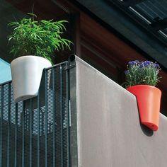 balcony planter box,