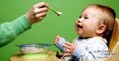 Ek Gıdaya Geçiş! Ek gıda ve beslenme listesi öncesinde sizlere hatırlatmak istediğimiz birtakım detaylar var ve bu detaylar ile birlikte konu daha net bir hal alacaktır diye düşünüyoruz. En erken 4 ve bununla birlikte en geç 6 aylıkken ek gıdalara başlanması daha uygun olacaktır. Erken ya da geç başlama durumu bebeklerinizin sağlığını olumsuz yönde etkileyecek ve kabızlık, ishal, yüksek ateş gibi sonuçlar doğuracaktır. Önerilen dönemlerde dışında ek gıda kullanmadığınız takdirde beslenme…