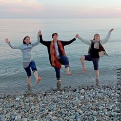 Gayles Yoga Retreat Centre, Friston, East Sussex with Scaravelli inspired yoga teacher Catherine Annis .... #gaylesretreat #yogaretreat #sussex #yogaweekend #yogauk #eastsussex #brighton #eastbourne #yoga #om