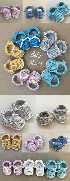 Crochet Baby Moccs Pattern by Deborah O'Leary Patterns #crochet #moccasins #baby