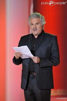 Roland Magdane,,,  est un humoriste, chanteur et acteur français né le 3 juillet 1949 à Grenoble dans l'Isère.
