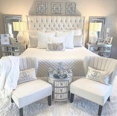 44 Master Bedroom Wall Decor Above Bed Rustic Ideas 6 Bedroom Decoration master bedroom wall decor Bedroom Wall Decor Above Bed, Room Ideas Bedroom, Home Decor Bedroom, Glam Bedroom, Bedroom Furniture, 1980s Bedroom, Silver Bedroom Decor, Bedroom Romantic, Bed Room
