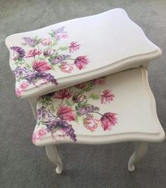Shabby Chic Garden F - November 01 2018 at Decopage Furniture, Hand Painted Furniture, Paint Furniture, Upcycled Furniture, Shabby Chic Furniture, Furniture Projects, Furniture Makeover, Furniture Design, Decoupage Vintage
