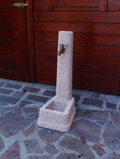 Fontanella Zibellino Rosa Corallo - Idra Arredo Giardino Backyard, Candles, Rose, Gardening, Cement, Patio, Pink, Lawn And Garden, Backyards