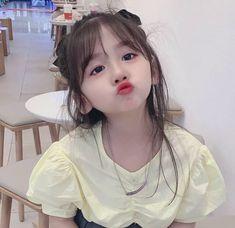 Cute Asian Babies, Korean Babies, Asian Kids, Cute Babies, Kids Girls, Cute Girls, Little Girls, Cute Baby Girl Pictures, Cute Kids Photography