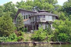 Redbuds and Wrens: A retreat grounded in antiquity, artifacts, rolling pastures and legendary entertainment.