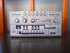 Roland TB-303 with Softcase