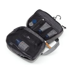 Pockets for your toiletries and toothbrush with a hook to hang it for best accessibility. Easy washable lining on the inside and smooth canvas on the outside. Camera Pouch, Travel Must Haves, Travel Kits, Easy Access, Traveling By Yourself, Compact, Hanger, Pockets, Wallet