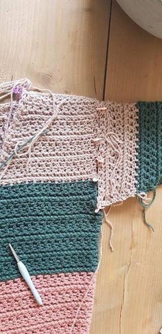 3ad0fb56-70c9-4556-9124-57705aabe04b Blanket, Crochet, Selena, Kitty, Patterns, Fashion Styles, Little Kitty, Blankets, Kitten