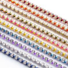 【DAZZLING COLOR TENNIS】 スワロフスキーにあざやかなサテンコードを組み合わせたブレスレット。 ・ カラー…10色 サイズ…S・M・L ・ ご自分にぴったりなカラーとサイズを組み合わせて、お楽しみください。 ・ http://invidia.jp ・ #bracelet #swalovski #ブレスレット#スワロフスキー#invidia_jp #satincord#サテンコード#color #DAZZLINGCOLORTENNIS#テニスブレスレット#tennisbracelet #costumejewelry#コスチュームジュエリー#accessory#アクセサリー