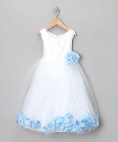 Loving this White & Blue Petal Silk  remove top blue flower?