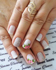 24 Modelos de Unhas decoradas românticas com flores How To Do Nails, Fun Nails, Cruise Nails, Classy Nails, Bridal Nails, Gold Nails, Manicure And Pedicure, Pretty Nails, Hair And Nails