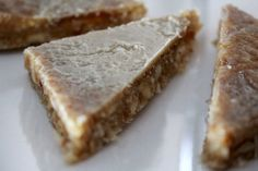 Raw Ginger Slice Free Recipe Raw Ginger, Ginger Slice, Raw Food Recipes, Free Food, Banana Bread, Recipies, Nutrition, Treats, Healthy
