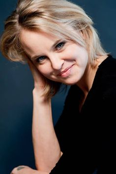 Shura Baryshnikov -- daughter of ballet great Mikhail Baryshnikov & actress Jessica Lange -- will join the performing arts faculty at Providence's Moses Brown School.