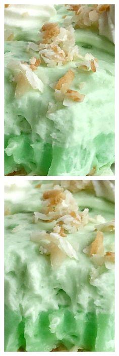 (no bake) Coconut Pistachio Cream Pie