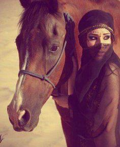 A fun image sharing community. Explore amazing art and photography and share your own visual inspiration! Arabian Women, Arabian Art, Arabian Beauty, Muslim Girls, Muslim Women, Photography Poses Women, Girl Photography, Woman With Blue Eyes, Face Jewellery