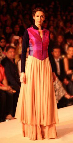 Manish Malhotra's summer Collection At Lakme Fashion Week 2014.