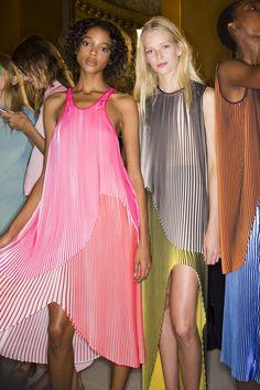 Коллекции | Ready-To-Wear | Весна-лето 2016 | VOGUE