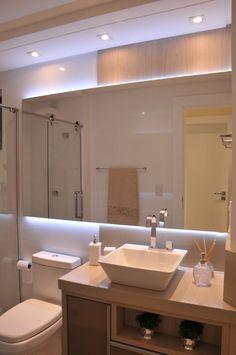 Banho Social: Banheiro Moderno por Luizana Wiggers Projetos