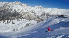 Recent research by Post Office Travel Money and Crystal Ski Holidays has placed Bardonecchia in the top three resorts in Europe for value for money. Crystal Ski, Andermatt, Best Ski Resorts, Best Skis, Ski Holidays, Travel Money, Post Office, Snowboarding, Places To Visit