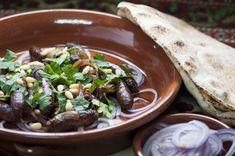 Halal Recipes, Lebanese Recipes, Sausage Recipes, Spicy Recipes, Meat Recipes, Finger Food Appetizers, Finger Foods, Pomegranate Molasses, Finger Food