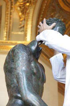 Pose de la tête. Apoxyomène de Croatie, Musée du Louvre