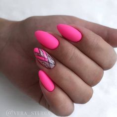 Hot Pink Nails with Stained Glass Design Nails Rose, Hot Pink Nails, Neon Nails, Love Nails, Pink Nail Designs, Beautiful Nail Designs, Acrylic Nail Designs, Pink Design, Gorgeous Nails