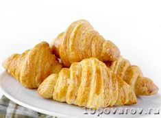 I have always loved croissants. The buttery, flaky layers, the amazing smell, the way a dollop of jam finds it way into all the little nook. Making Croissants, Homemade Croissants, Snack Recipes, Snacks, Chips, Appetizers, Vegetables, Food, Google Search