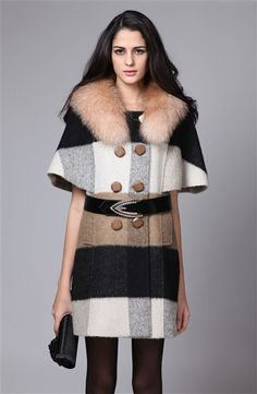 Someday I will dress classy and have this... minus the fox fur because I can't imagine wearing something so cute :/