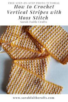 Free beginner-friendly crochet tutorial. Step-by-step photo instructions. Learn how to crochet vertical stripes while working horizontally with moss stitch! #freecrochetpattern