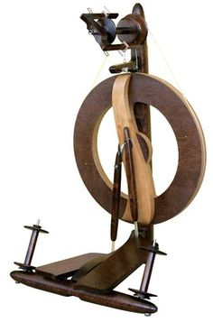 Fantasia Spinning Wheel By Kromski Walnut Free Ship Plus Free Bonus