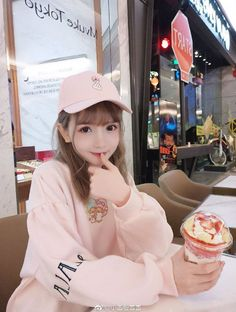 Cute Japanese Girl, Cute Korean Girl, Cute Asian Girls, Beautiful Asian Girls, Cute Girls, Pastel Goth Fashion, Fashion In, Korean Fashion, Stylish Girls Photos