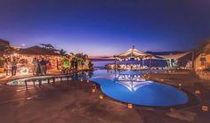 Restaurante frente ao mar com uma grande variedade em nosso cardápio. Oferecemos massagens à beira mar (custo a parte), venha conhecer!