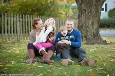 Sentimental and sincere family portraits by Sarah Lehberger