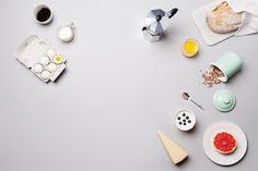 Grey breakfast still life. Photographer Emelie Otterbeck, Eskilstuna.