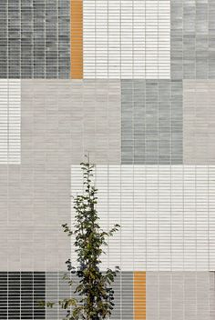 Facade, material, Secondary School Miranda de Ebro (by Virai Arquitectos) Brick Architecture, Education Architecture, Landscape Architecture, Interior Architecture, Landscape Design, Colour Architecture, Paving Design, Facade Design, Tile Design