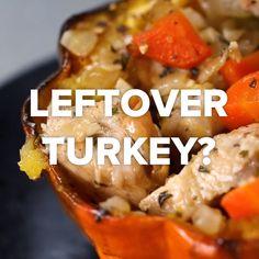 5 Leftover Turkey Recipes // Those empanadas look GOOD Leftover Turkey Recipes, Leftovers Recipes, Turkey Leftovers, Tasty Videos, Food Videos, Easy Cooking, Cooking Recipes, Healthy Recipes, Thanksgiving Recipes