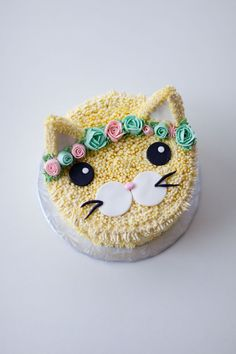 flower crown cat cake - coco cake land