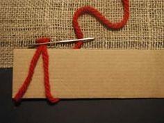 <p>1. Pohjakankaan valmistelu Ryijyn valmistus aloitetaan valmistelemalla pohjakangas. Kudelankoja poistetaan noin 1,3 cm:n välein - riippuen hieman ryijyn käyttötarkoituksesta ja nukkalankojen vahvuudesta. Työ etenee eli nukkarivi muodostuu vasemmalta oikealle, vaikka neula viedään työssä aina oikealta vasemmalle. Kun parsinneulan silmään on laitettu haluttu määrä lankoja (esim. 4 ohuehkoa villalankaa), aloitetaan ryijyn ompeleminen pohjakankaan vasemmasta alareunasta. 2. […]</p> Rya Rug, Textile Fabrics, Wall Hanger, Rug Hooking, Fabric Dolls, Sewing For Kids, Handicraft, Clothes Hanger, Art For Kids