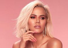 """, you are not the father!"""" Maury Povich could have had a record-breaking episode if he administered a paternity test to Khloe Kardashian and Khloe Kardashian Cabello, Khloe Kardashian Photos, Kardashian Beauty, Estilo Kardashian, Robert Kardashian, Brown Blonde Hair, Dark Hair, Up Dos, Cornrows"""